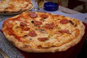 Pizza Monterey